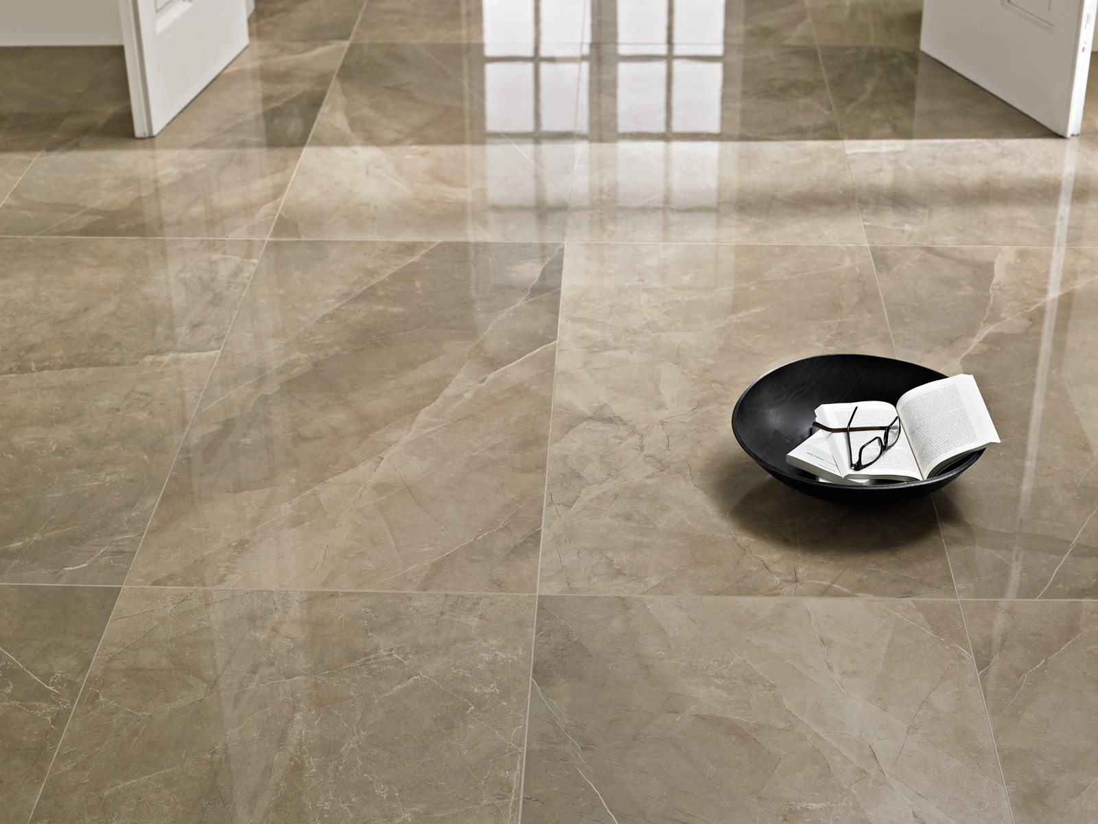 Pavimenti effetto marmo bottacini pavimenti for Mattonelle gres porcellanato lucido