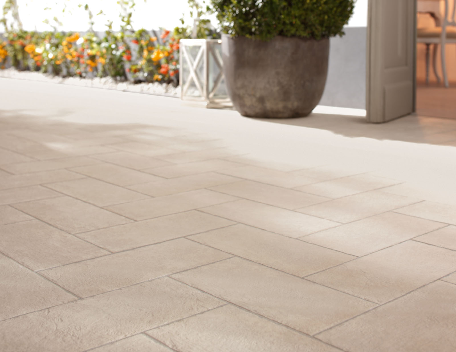 Pavimenti da appoggio per esterni piastrelle in cemento da