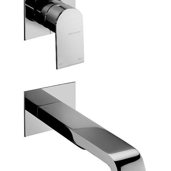Batteria lavabo a parete verticale