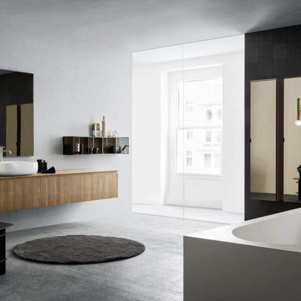 Street: L'arredo bagno moderno vive di materia e contrasti.