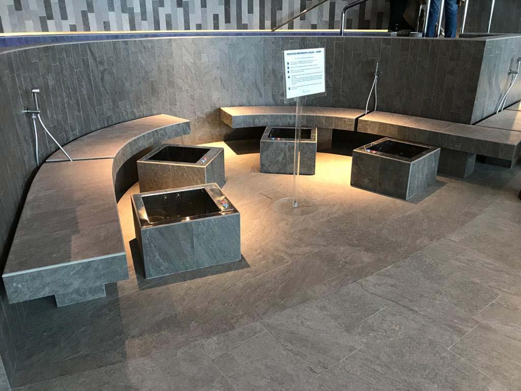 Realizzazioni Bottacini Pavimenti: Pavimenti e rivestimenti Aquardens le terme di Verona