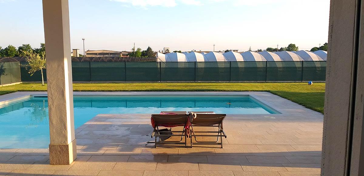 Pavimento per esterno: Realizzazione casa privata con piscina