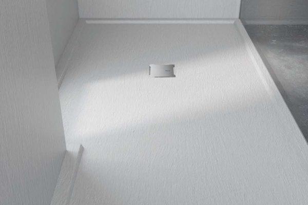 Piatto doccia Extrapiano e bordato su misura, personalizzabile in 9 colori in finiture Lastra.